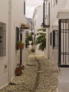 230814 Nota Calles Colores Fuengirola 2