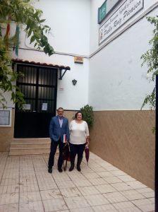 José Manuel Serrato y Trini Díaz en el Colegio Picasso