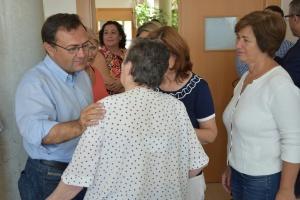 Carmen Segura y Miguel Ángel durante su visita a AFA