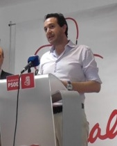 Javier García León%2c en rueda de prensa